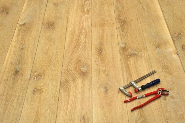 Dubová podlaha masivní cena